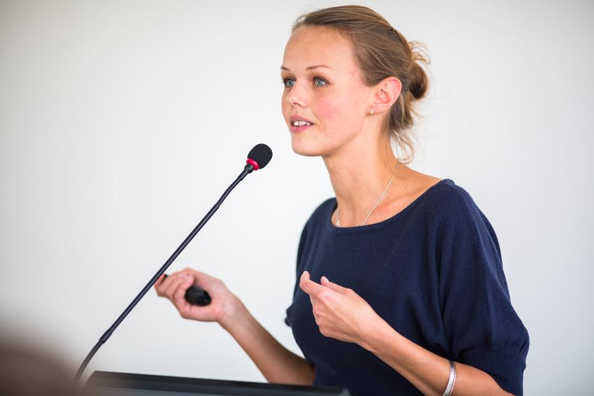 Rednerpult Schwanenhalsmikrofon